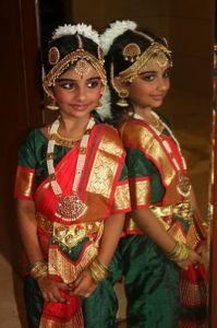 bharatnatyam-dance-girl