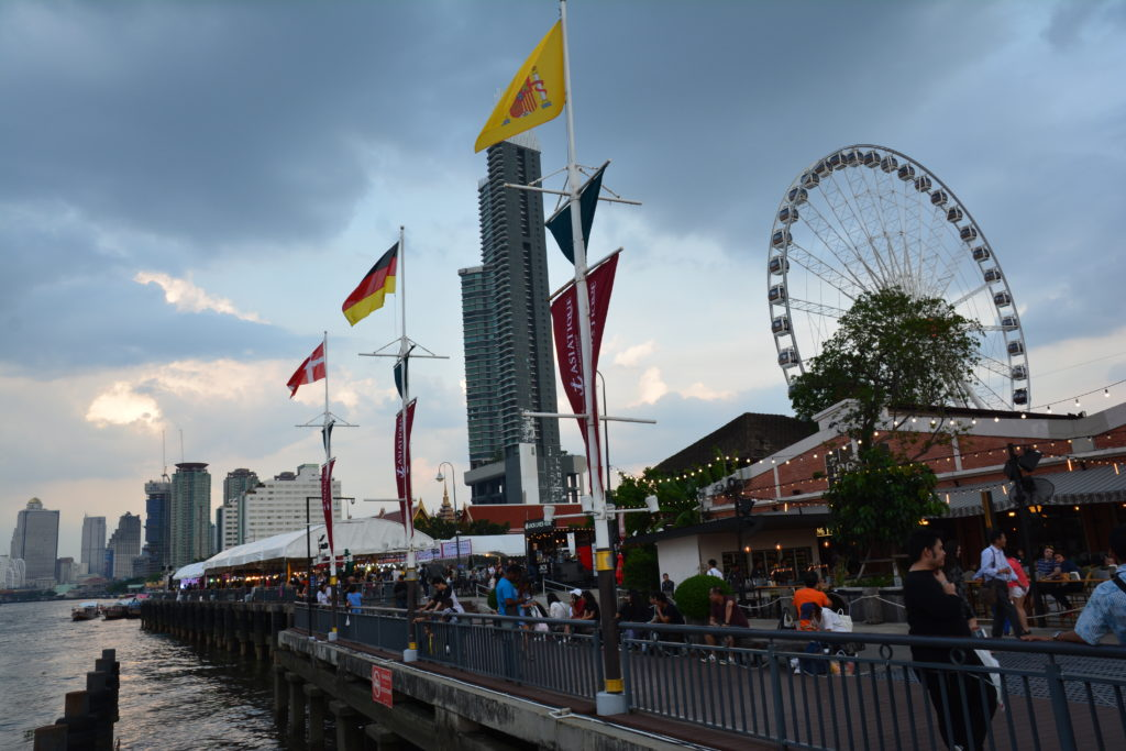 Asiatique-river-front-night-market